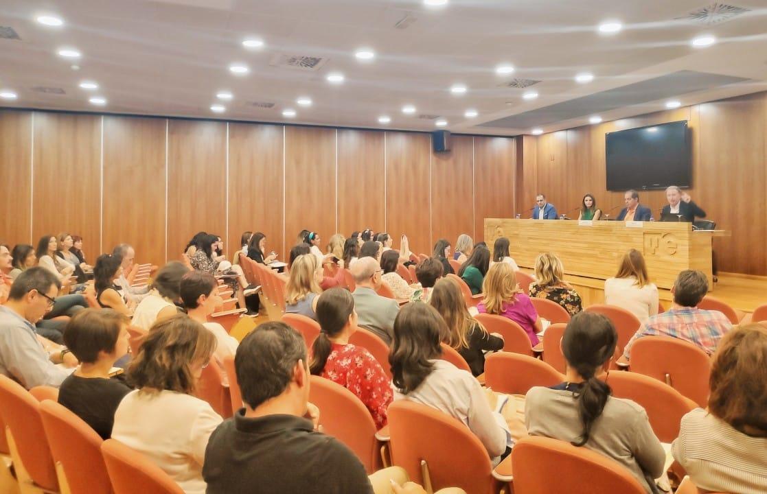 """Jornadas: """"Desarrollo del Talento y Coaching Ejecutivo: Una Mirada de Futuro"""""""